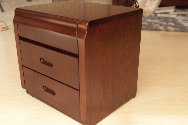高档环保实木床头柜608